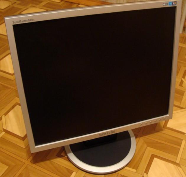 """монитор Samsung SyncMaster 940N 19 """" в идеале.  2000 руб. после продажи системника. при покупки целиком. клава, мышь..."""